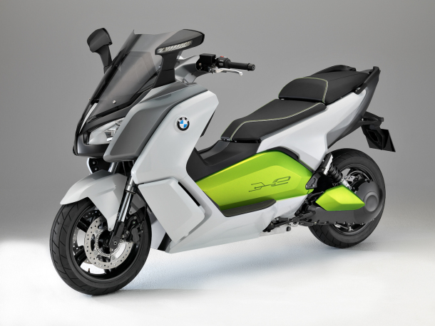 bmw 39 s electric scooter packs 75 mph the green solution for crowded urban centers. Black Bedroom Furniture Sets. Home Design Ideas